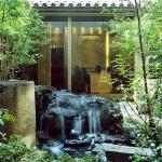 庭のホテル 東京: